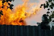 Родители выбросились из окна вместе с ребенком, чтобы спастись от пожара