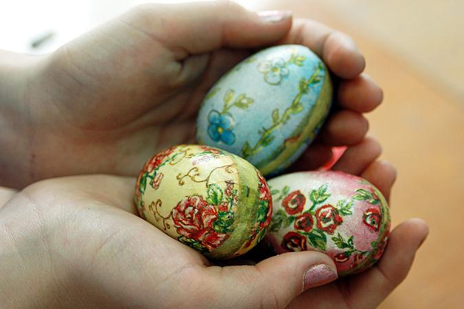 Пасхальные яйца с натуральными