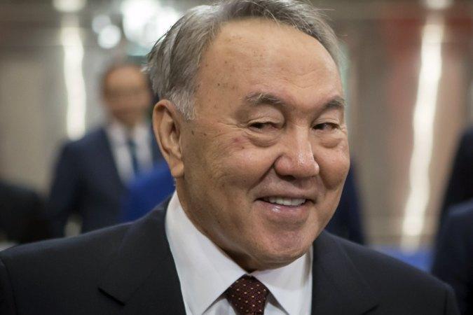 Казахстанцев за поддержку на выборах