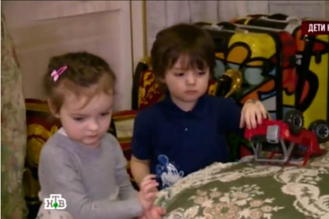 Киркоров показал своих детей