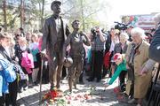 Памятник диктору Юрию Левитану во Владимире торжественно открыт!