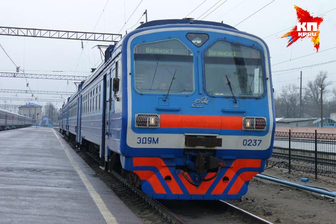 расписание пригородных поездов в спб: