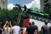 Полиция задержала мужчину, который хотел повеситься на дуле танка-памятника в Ростове-на-Дону