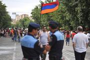 Против чего на самом деле бунтует Армения: против цен на электричество или против России