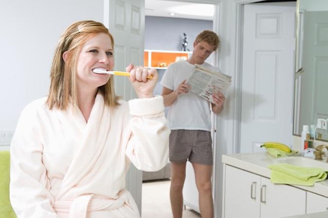 Как отбелить зубы без стоматологии