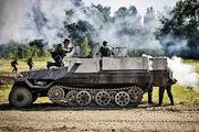 На «Поле» танки грохотали