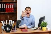 Долгая работа в офисе повышает риск инсульта