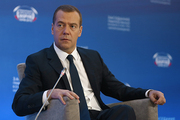Хождение доллара и евро запрещать не будут