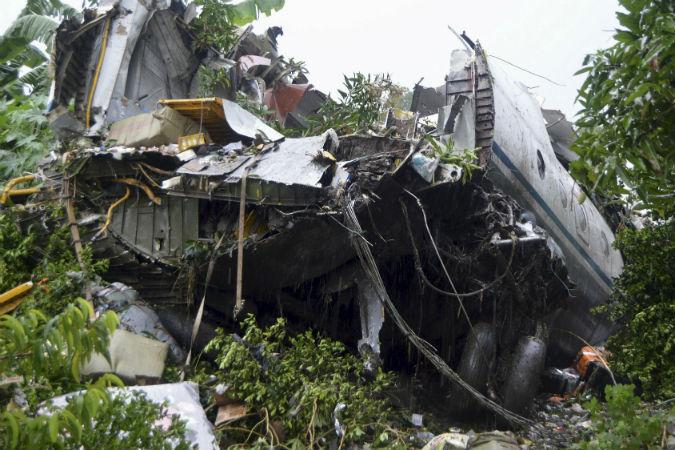 Бортинженер: В Африке, из джунглей, уже не раз сбивали самолеты Ан