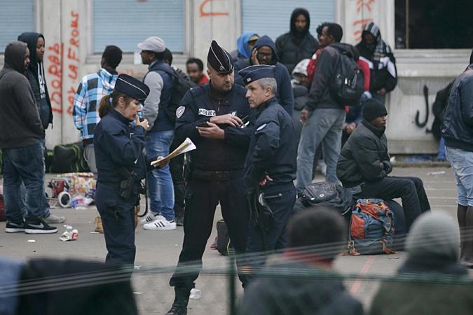 С 13 ноября Франция приостанавливает на месяц действие Шенгена