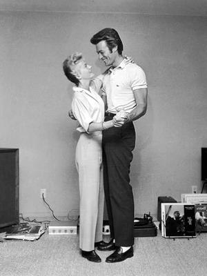 Клинт Иствуд со своей первой женой Мэгги