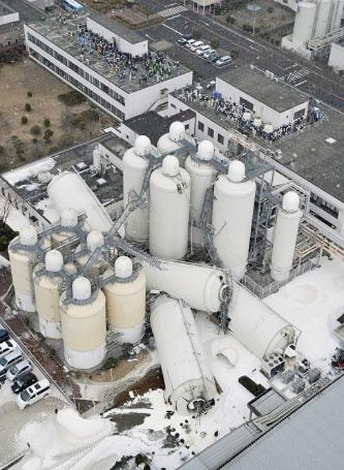 Пострадали сотни предприятий по всей Японии