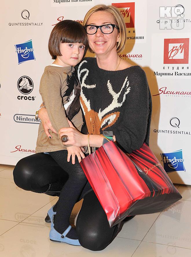 Рита Митрофанова с дочкой