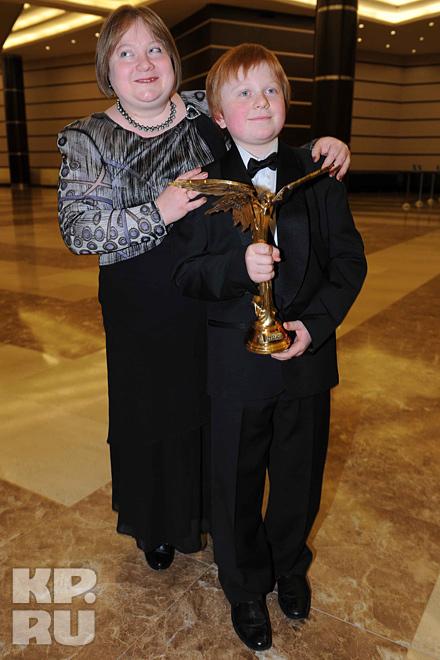 Миша Процько с мамой