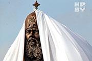 В Минске патриарх Кирилл открыл памятник святейшему патриарху Алексию II