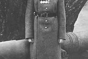 1916 год. Могилев. Цесаревич Алексей в солдатской форме, с наградами, в том числе Георгиевской.