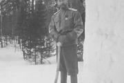 1916 год. Царское село. Никлай Второй сооружает снежную крепость.
