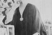 1914 год. Императрица Александра Федоровна в своих покоях на царской яхте «Штандарт».