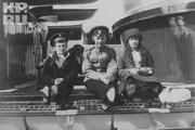 1914 год. Цесаревич, юный мичман и великая княжна Анастасия на яхте «Штандарт».