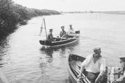 1916 год. Днепр. Император на речной прогулке.