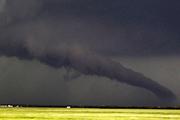 Страшный торнадо обрушился на юг США