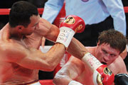 Александр Поветкин проиграл бой за звание чемпиона мира Владимиру Кличко