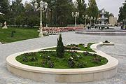 В парке очень красиво и уютно