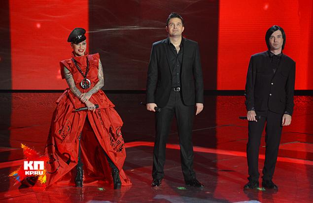 Тройка лидеров (слева направо): Наргиз Закирова, Сергей Волчков и Гела Гуралиа