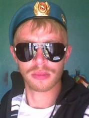 Леонид СУЩЕВ, 27 лет