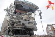 ЧП в Башкирии: микроавтобус выехал на встречку и столкнулся с фурой
