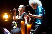 Легендарный гитарист Queen Брайан Мэй выступил в Минске
