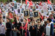 В Ставрополе возложили цветы к Вечному огню и прошел «Бессмертный полк»