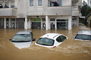Сербия страдает от страшного наводнения