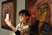 В Москве открылась новая выставка картин Евгении Васильевой