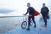 Прыжки на велосипедах в воду «Bicycle Live Fest 2014»