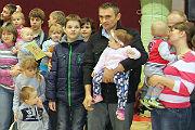 В Саратове прошли соревнования по ползанию среди малышей Карапузы, на старт!