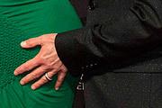 Актер Роберт Дауни-младший и его супруга Сьюзан позируют фотографам на церемонии вручения премий BAFTA в Лос-Анджелесе. Пара ожидает скорого появления второго ребёнка, в 2012 году у них родился сын Экстон.