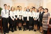 Экскурсия учеников школы №5 по управлениям и отделам администрации