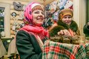 В Удмуртии зажгли первую новогоднюю ёлку