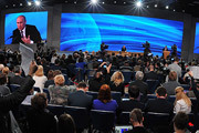 Владимир Путин ответил на вопросы российских и иностранных журналистов на Большой пресс-конференции