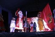 Во Владимире на Соборной площади открылась Рождественская ярмарка