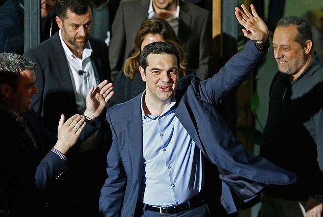 """На парламентских выборах в Греции одержала победу леворадикальная партия """"СИРИЗА"""". Её лидер  Алексис Ципрас уже заявил, что политика жесткой экономии, проводившаяся прежним правительством под давлением Брюсселя, не будет продолжена."""