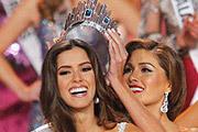 """Обладательницей титула """"Мисс Вселенная 2014"""" стала 22-летняя представительница Колумбии Паулина Вега."""
