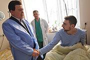 В Донецке Иосиф Кобзон выступил с концертом и навестил раненых ополченцев