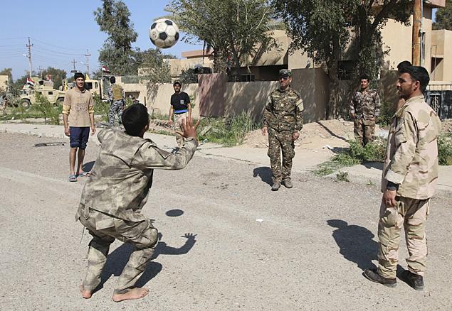 Войска в Ираке начали операцию по освобождению Тикрита