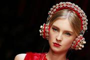 Dolce & Gabbana представили новую коллекцию на Неделе моды в Милане