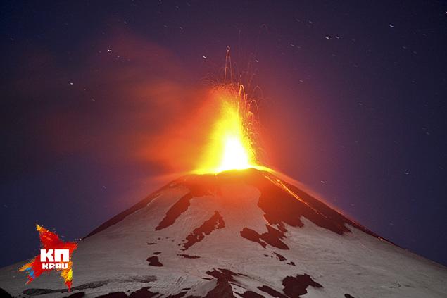 Извержение вулкана Вильяррика началось на юге Чили