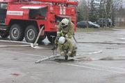 16 апреля 2015 года огнеборцы Псковской области провели соревнования по пожарному биатлону