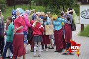Съемки документального фильма «Вера глазами детей»: Экскурсия на Ганину яму