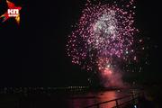 Фестиваль фейерверков на реке Обь в Новосибирске